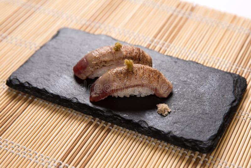 Sushi de Aburi Akami (atún Torched) imagen de archivo