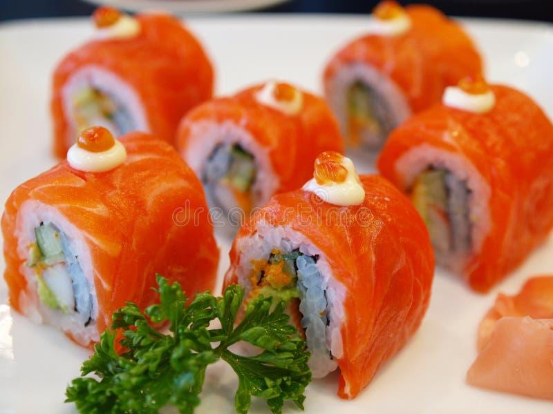 Sushi de color salmón foto de archivo libre de regalías