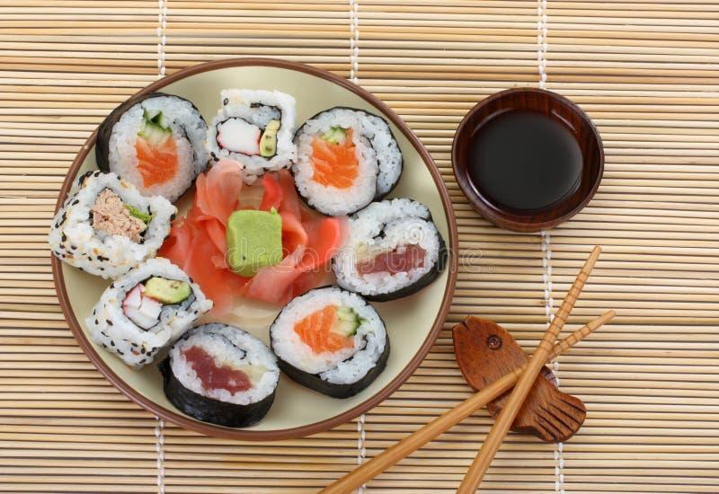 Sushi de la plaque photos libres de droits