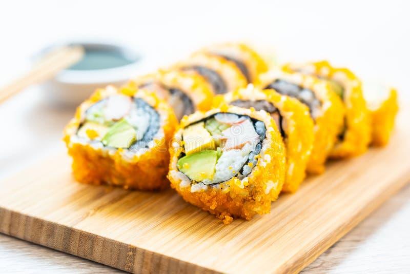 Sushi dei rotoli di maki di California fotografia stock