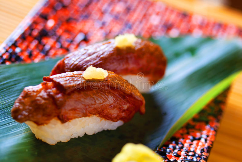Sushi del manzo di Wagyu dal Giappone fotografia stock libera da diritti