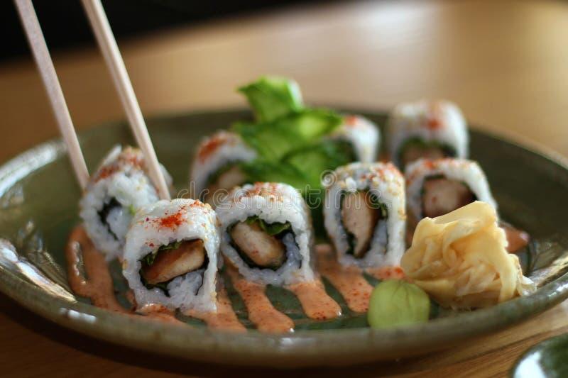 Sushi del rollo del pollo fotografía de archivo