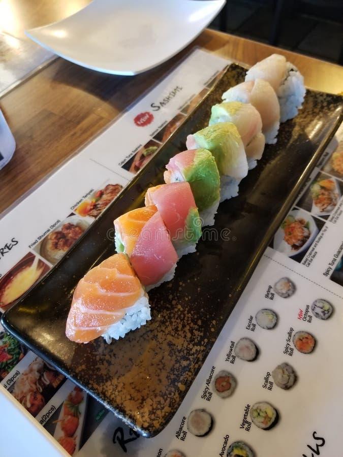Sushi dell'arcobaleno fotografia stock