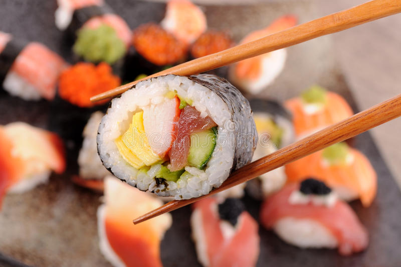 Sushi di Futomaki fotografie stock libere da diritti