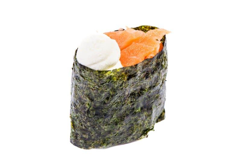 Sushi di Gunkan con i salmoni isolati immagine stock libera da diritti