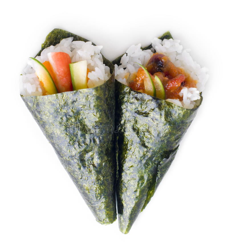 Sushi di temaki rotolati mano immagine stock libera da diritti