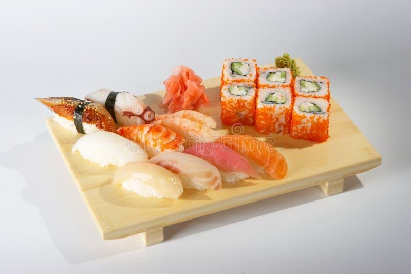 Sushi en broodjes. royalty-vrije stock afbeeldingen