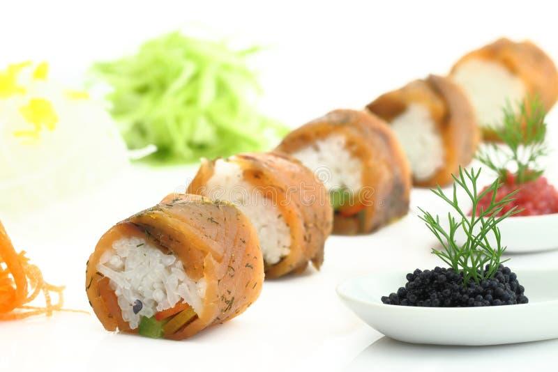 Sushi et caviar saumonés photos libres de droits