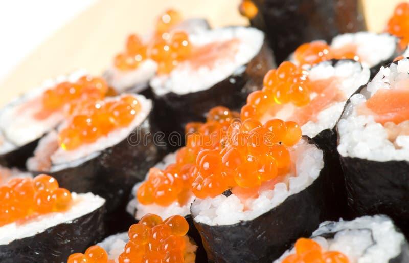 Sushi faits maison de maki photographie stock libre de droits