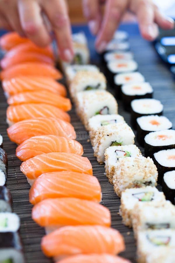 Sushi frais photographie stock libre de droits