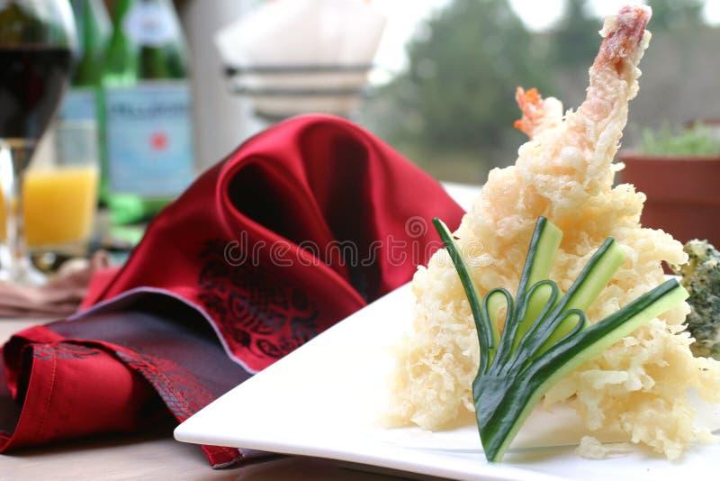 Sushi - GarneleTempura lizenzfreie stockfotos