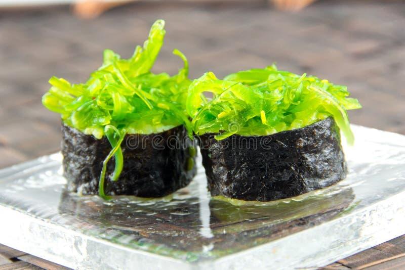 Sushi giapponesi di maki di cucina immagine stock