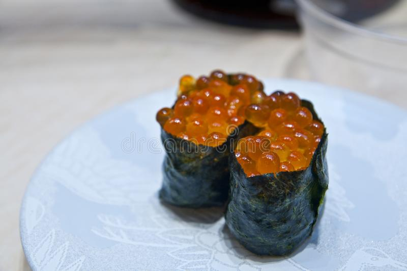 Sushi gunkan fresco do maki foto de stock royalty free