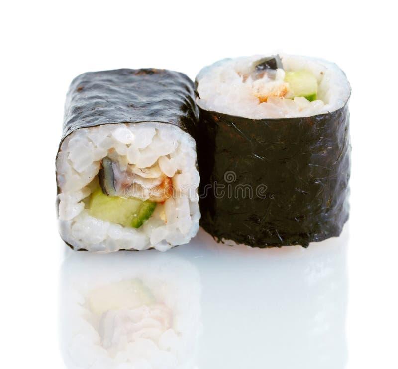 Sushi japonês com enguia e pepino imagens de stock royalty free