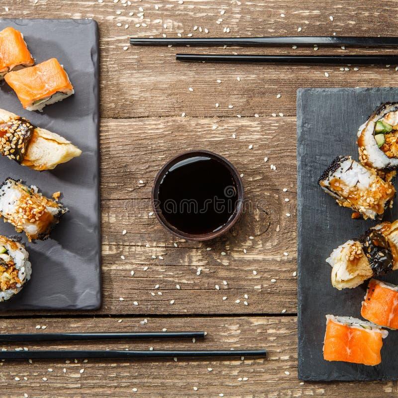 Sushi japonês do marisco, rolos foto de stock royalty free