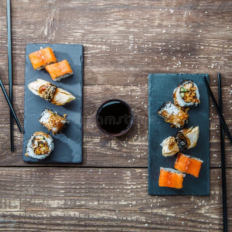 Sushi japonês do marisco, rolos imagem de stock royalty free
