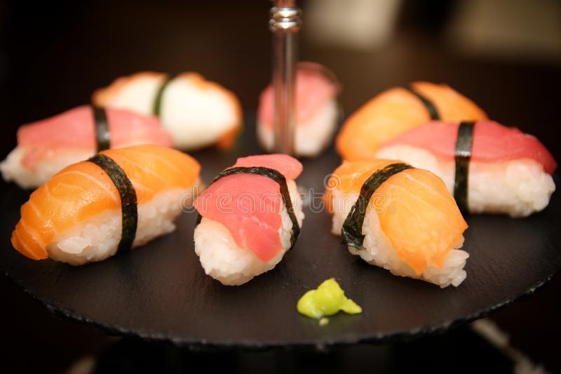 Sushi, nigiri no prato de pedra foto de stock royalty free