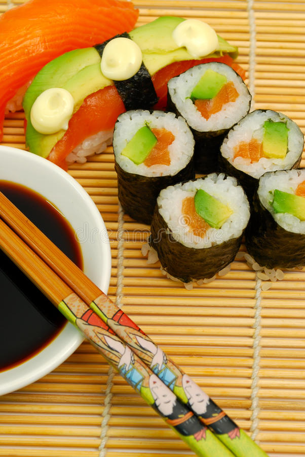 Free Sushi On Bamboo Mat Stock Image - 10718481