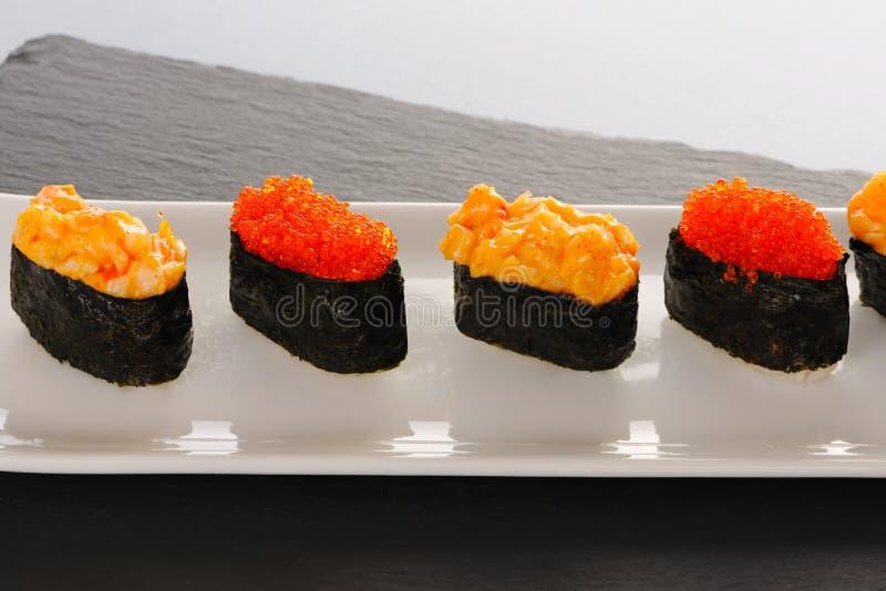 Sushi op plaat stock foto