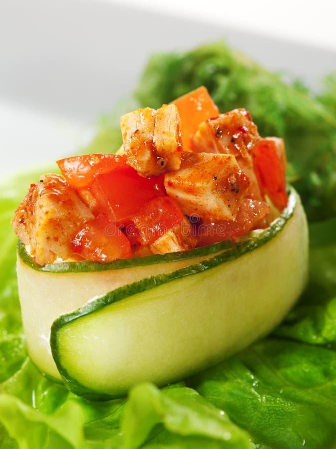 Sushi picante de Gunkan da galinha imagens de stock royalty free