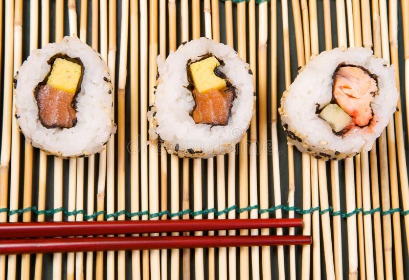 Sushi Uramaki fotografia stock libera da diritti