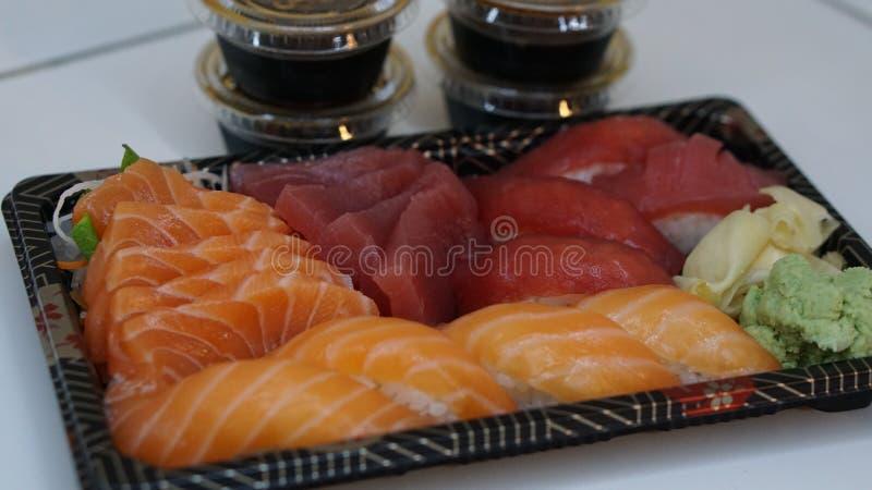 Sushi y sashimi fotografía de archivo