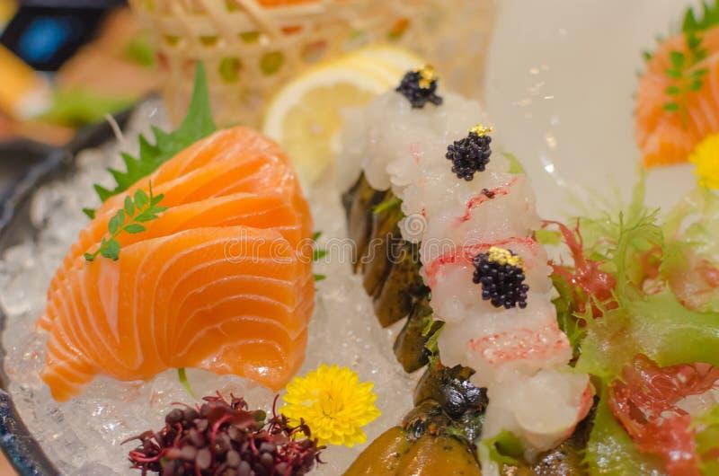 Sushi, zalm en zeekreeft royalty-vrije stock afbeelding