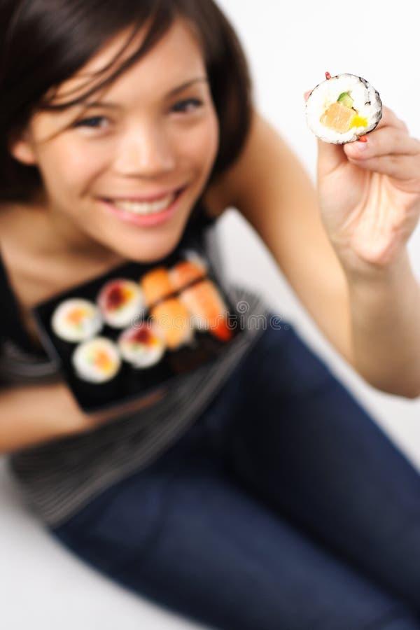 Sushimädchen lizenzfreie stockfotografie
