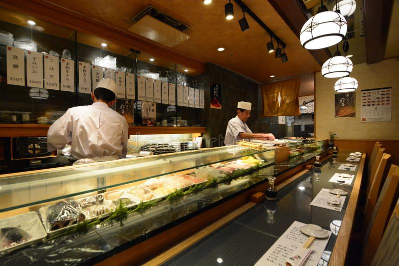 Sushirestaurang Shibuya Tokyo japan royaltyfri foto