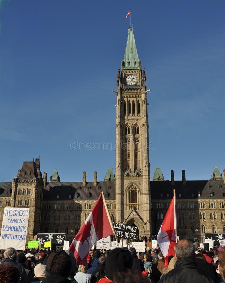 Suspensão do protesto dos canadenses do parlamento fotografia de stock