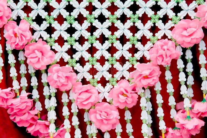 Suspensão tailandesa tradicional da festão da flor foto de stock