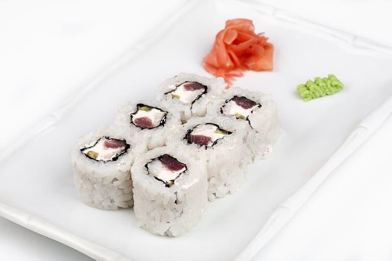 Suszi rolka z tuńczykiem i łososiem obrazy stock