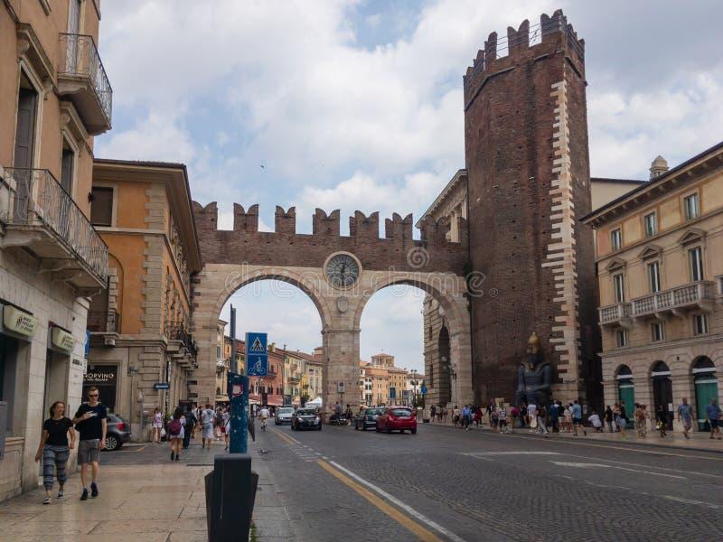 Sutiã do della de Portoni em Verona, Itália fotos de stock
