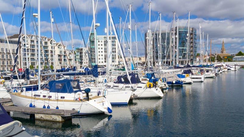 Sutton Harbour Marina Plymouth stock afbeeldingen