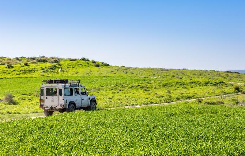 SUV, carretera nacional, Israel foto de archivo