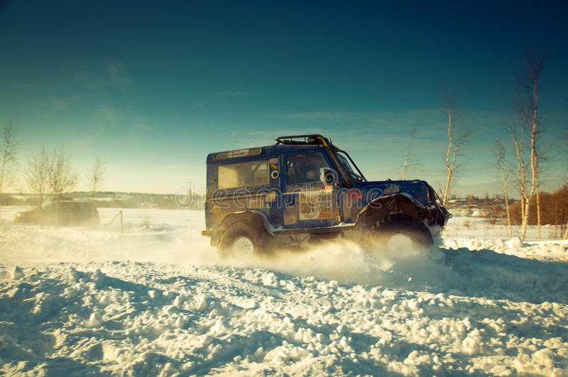 Download SUV on snow editorial image. Image of offroad, landscape - 20181135