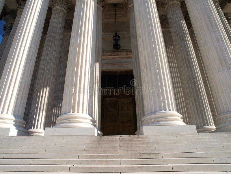 suverän domstoldörr royaltyfria bilder