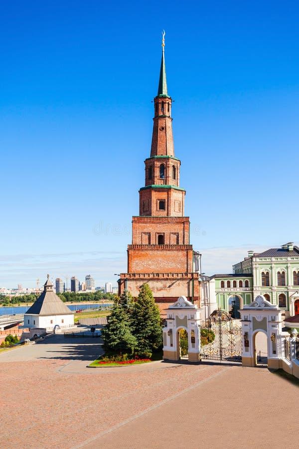 Suyumbike Góruje także dzwoni Khans meczet Kazan Kreml fotografia royalty free