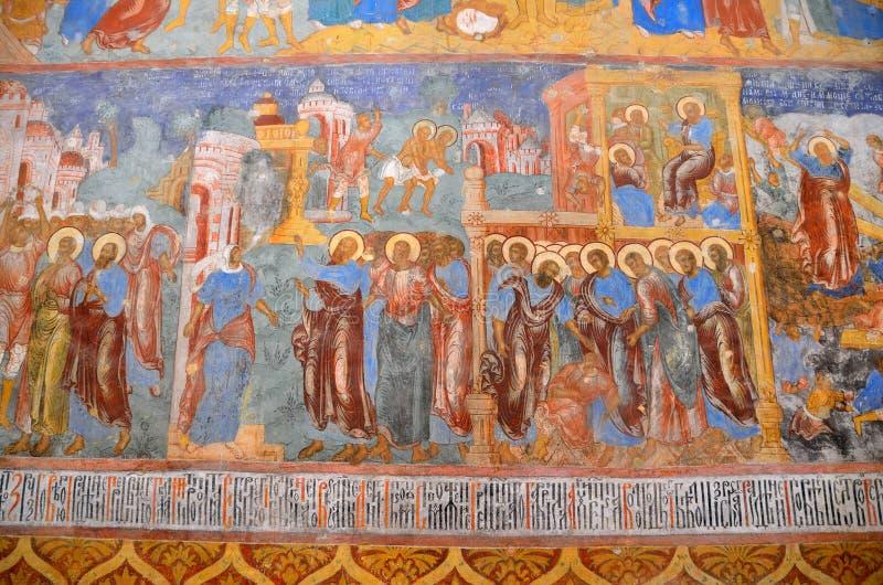 Suzdal, Rússia, setembro, 22, 2013 Cena do russo: ninguém, os fresco na catedral santamente da transfiguração de Spaso-Preobr imagem de stock