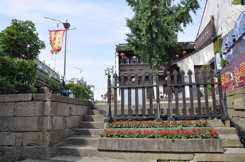 Suzhou, 4o pode: A rua ou o canal im?vel hist?rico de Shantang da vida da cidade de Suzhou imagens de stock