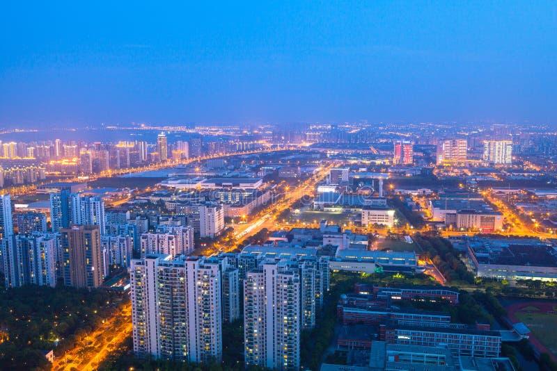 Suzhouindustrieterrein, nacht bij het jinjimeer, suzhoustad bij nacht stock fotografie