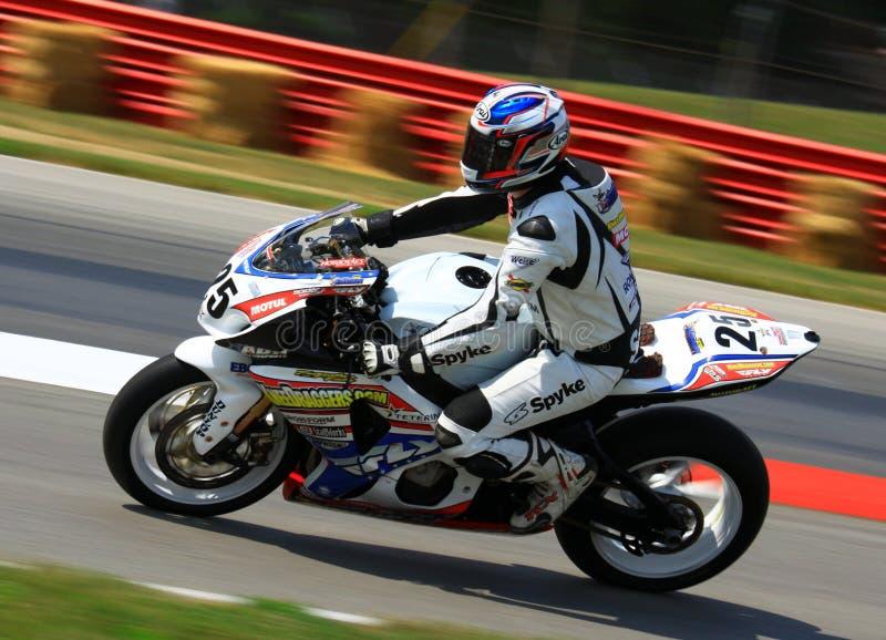 Suzuki-motorfiets het rennen stock afbeelding