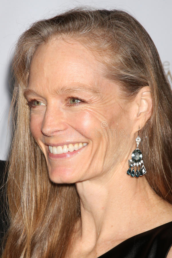 Download Suzy Amis editorial image. Image of suzi, arriving, february - 26911515