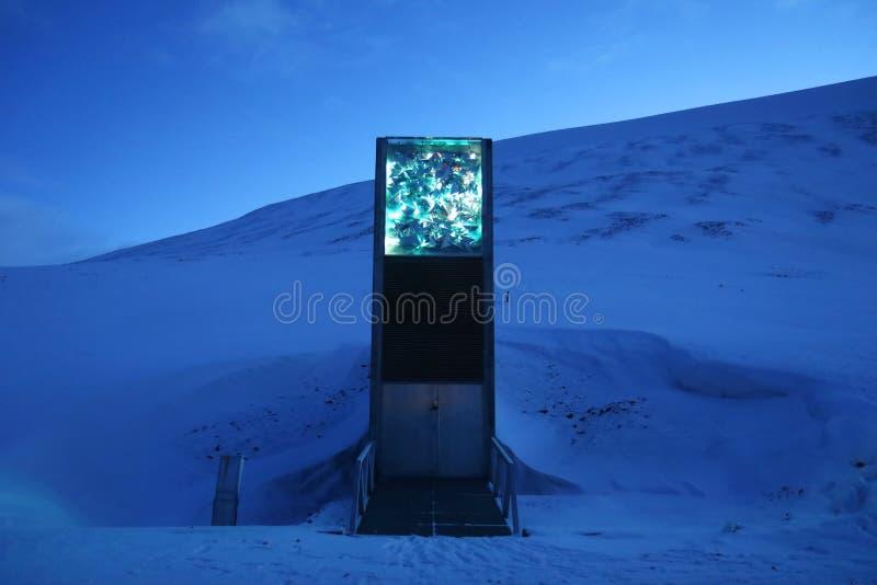 Svalbard globale zaadkluis - de grootste het zaadinzameling van worldstock foto