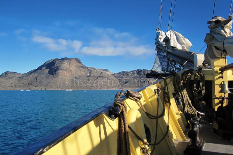 Svalbard kust royaltyfri fotografi