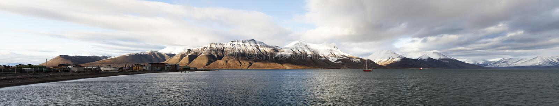 Svalbard-Panorama, Spitsbergen, Norwegen lizenzfreies stockfoto