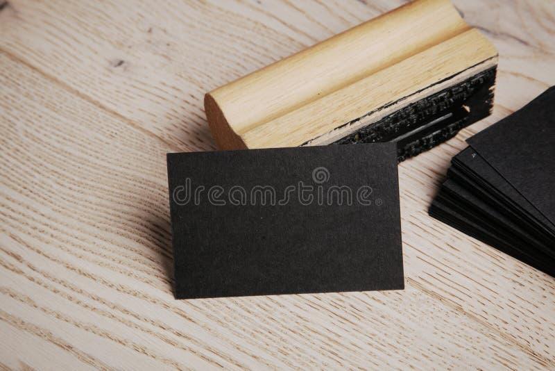 svart affärskort Uppsättning av tomma kontorsbeståndsdelar royaltyfri foto