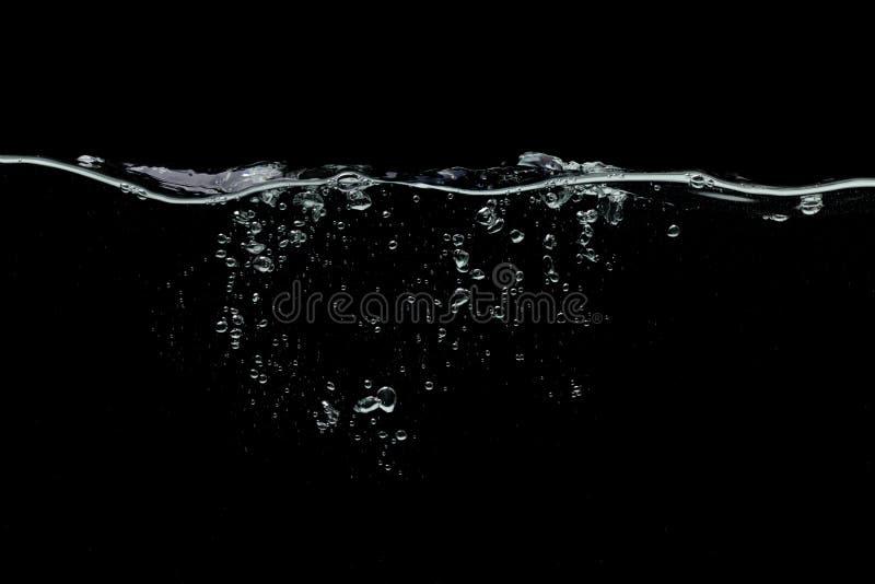 Svart bakgrund för vatten arkivfoton