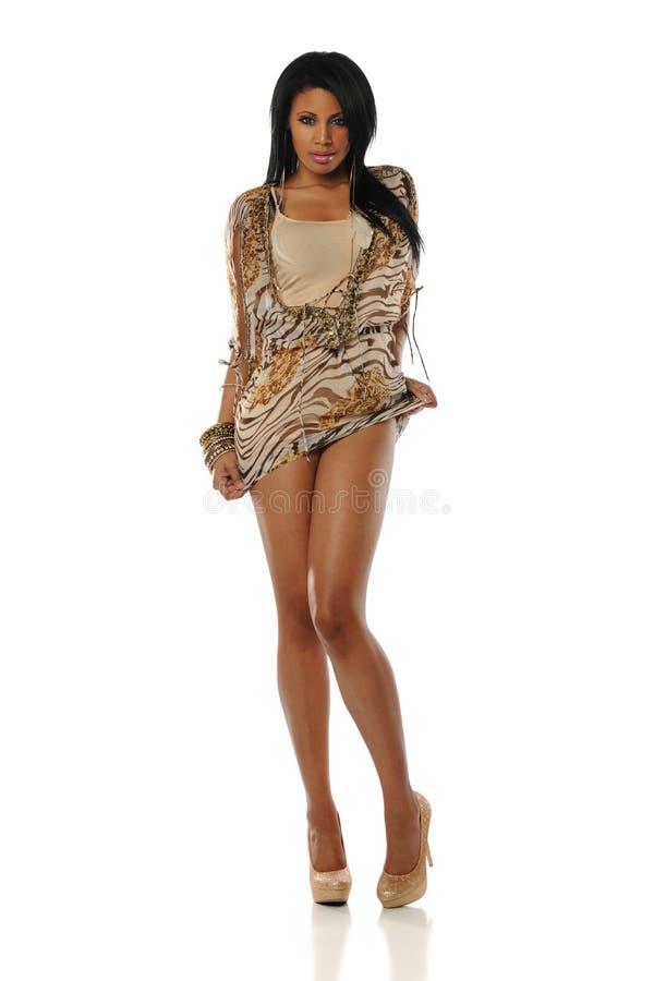 svart barn för kvinna för modemodell posera royaltyfri fotografi