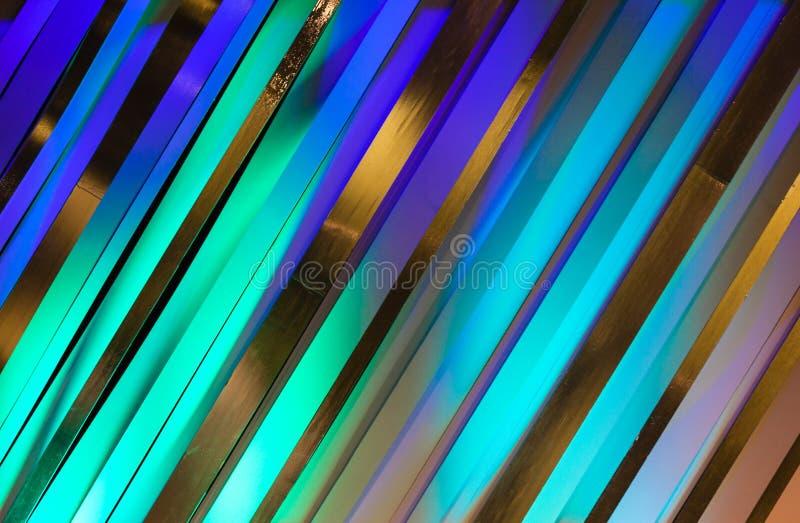 Svart för lilor för färgremsor tonar blå konst royaltyfri bild